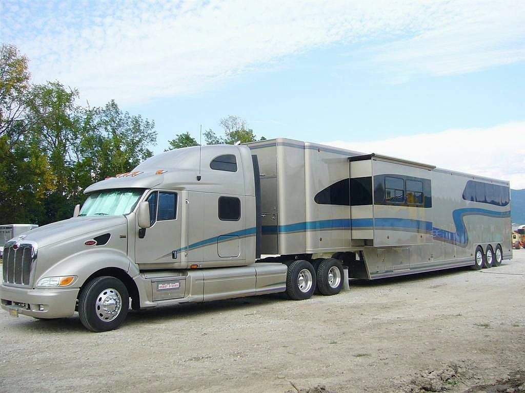 trailers tow vehicles rvs horse trailers for sale autos post. Black Bedroom Furniture Sets. Home Design Ideas